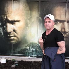 """57.2 mil curtidas, 822 comentários - Dominicpurcell (@dominicpurcell) no Instagram: """"Good time in Austin Texas #sxsw #pb 5 Press circus...."""""""