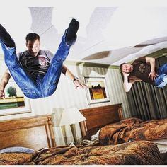 Strike a Pose! #hotel#hotelroom#hotellife#bouncybed#hotelbed#hotelroom#hotelfun#crewlife#layover#jumpingonbed#hotelbedjumping#airport#vacation#holidays#competition#cheerleader #cheer#prizes#giveaway#mattress#jump#bounce#bouncy#trampoline#hoteltrampoline#girl#boy#blondie#bedtest#bedjumping by hotelbedjumping_community