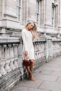 The Basics // 5 Tips To Becoming a Successful Fashion Blogger Fashion Mumblr, Old School, How To Become, Fall Winter, Fancy, Chic, Tips, Sweaters, Brown