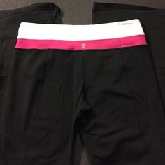 """Lululemon Reverse Groove Pants sz 10 Lululemon Reverse Groove pants sz 10.  Regular inseam (32"""").  Full-on Luon.  Flare leg.   These are in great condition.  Very light sueding on inner thighs that could probably be removed with a fabric shaver. lululemon athletica Pants Boot Cut & Flare"""