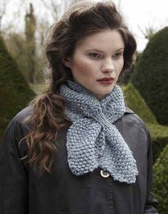 The free pattern. - I have done this before, and it keeps you warm, even if you are not wearing a sweater or cardigan. Eeeeeasy to make
