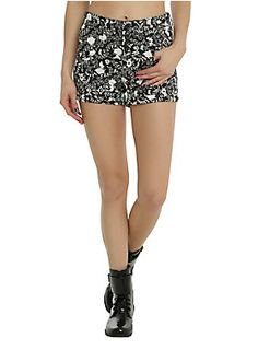 <p>Does Wonderland have seasons? We're pretty sure it can get hot there. When the sun is shining and you're wandering to your next tea party, wear these black shorts. They have a white filigree accented Alice and White Rabbit print.</p>  <ul> 	<li>98% cotton; 2% spandex</li> 	<li>Wash cold; dry low</li> 	<li>Imported</li> </ul>