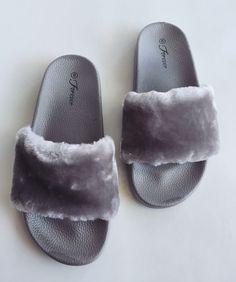 Baddie Fur Slides- Gray