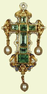 Acquired by Queen Mary before 1920    Emeralds, enamel, gold, pearls dated between 1575 to 1799    7.2 x 3.6 cm