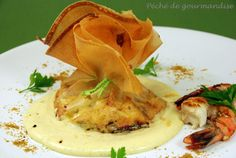 Crispy Pancakes of Prawns, Curry and Coconut Sauce after Philippe Guignard - Sin of Gluttony - Trend Appetizer Fine Dining 2019 Scampi Sauce, Curry Coco, Dinner Train, Prawn Curry, Coconut Sauce, Vegan Appetizers, Fine Dining, Wine Recipes, Entrees
