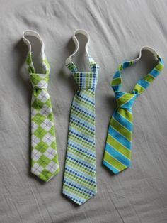 DIY Tiny Ties--Great baby gift