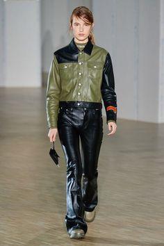 Heron Preston Fall 2020 Menswear Fashion Show - Vogue Marcel Proust, Preston, Shoe Websites, Fashion Show, Mens Fashion, American Poets, Amazing Women, Work Wear, Ready To Wear