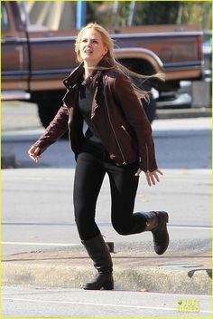 Jennifer Morrison & Josh Dallas Get Their Hearts Racing on 'Once' Set