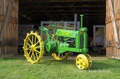 34 john deere A open fan shaft steel wheels Antique Tractors, Vintage Tractors, Vintage Farm, Antique Cars, John Deere Equipment, Heavy Equipment, Old John Deere Tractors, Welding Rigs, Steel Wheels