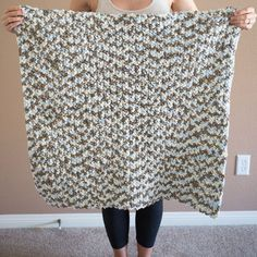 As soon as I found out I was pregnant, I couldn't wait to get started on all the DIY baby projects! I ended up waiting until I was about 18 weeks along and decided to start with an easy crochet blanket. This is a very quick and affordable project using Bernat baby blanket yarn (I …