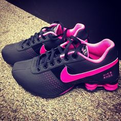 I desperately want some new Nikes!