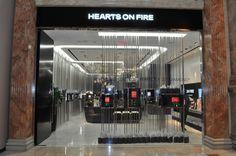 hearts-on-fire-diamonds-las-vegas-caesars-photo-mark-bowers-039-L.jpg (800×532)