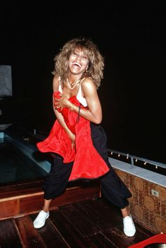 tumblr_ms7gu3no0r1qbqem3o1_500.jpg (500×746)* Tina Turner Rio 88 *
