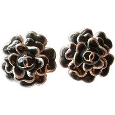 Pre-owned Authentic Chanel CC Black Enamel Camellia Silver Clip on... ($360) ❤ liked on Polyvore featuring jewelry, earrings, accessories, ohrringe, pre owned jewelry, clip back earrings, chanel, enamel jewelry and black jewelry