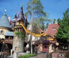 Rapunzel Tower ~ Rapunzel & Flynn Rider; Fantasyland