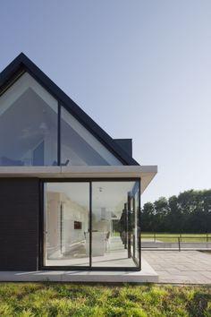 villa-geldrop-by-hofman-dujardin-architects
