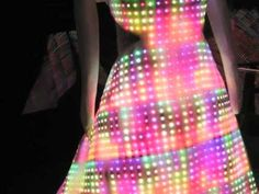 video of the installation for Cute Circuits Galaxy Dress at Chicago Museum of Science and Industry.  (Nov 2009) #LED
