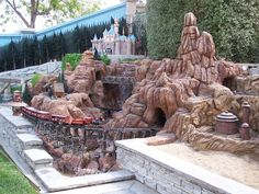 Garden Railroading with A Disney Castle & Movie Scenes