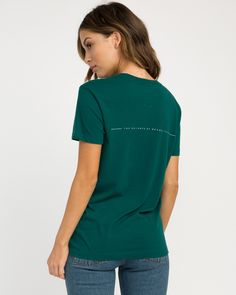 The RVCA Decon Short Sleeve T-Shirt is a crew neck, short sleeve tee with screenprinted logo graphics at the front chest and back. It has a screened ins...