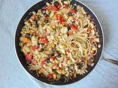 One Pot Spaghetti Alla Puttanesca | 30 Quick Vegan Dinners That Will Actually Fill You Up. Xo, LisaPriceInc.