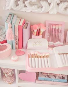 My Go Tos For The Best & Girly Beauty Brushes - J'adore Lexie Couture