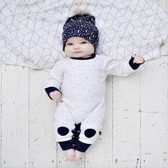 The winter collection from is all kinds of awesome! Keep your little one warm with the hexagon double knit blanket, paint patch romper and pom pom beanie. Shop all in store and online now * * * Newborn Gifts, Baby Gifts, 2 Year Old Baby, Baby In Snow, Grey Paint, Double Knitting, Knitted Blankets, White Ink, Winter Collection