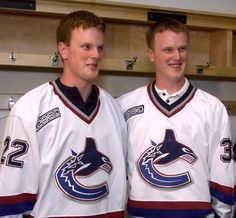 Such Swede sorrow: Vancouver bids a sad goodbye to the Sedin twins | CBC News