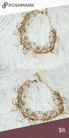 NWOT PINK/GOLD BRACELET Brand new without tag bracelet Bundle 2+ items to save shipping $$ Jewelry Bracelets