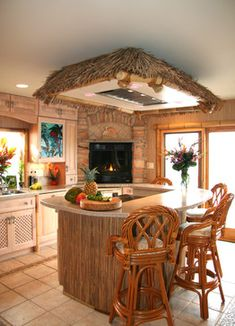 Tropical Home small kitchen Design Ideas, Pictures, Remodel and Decor