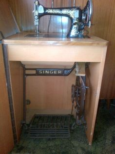 Seidel & Naumann on a Singer treadle built into a cabinet. Model looks similar to a Singer 27.