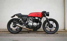 HONDA : A perfect 1977 CB750 cafe racer, Wrenchmonkees' style by Frederik Christensen from Denmark | Sumally