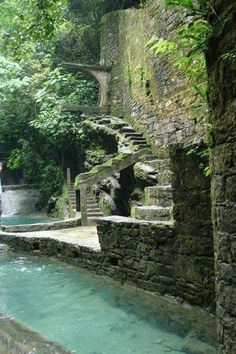 20 Incredibly Gorgeous and Underrated Travel Destinations Las Pozas, Xilitla, Mexico This destination certainly goes beyond the more popular Mexican … Tourist Spots, Vacation Spots, The Places Youll Go, Places To See, Places To Travel, Travel Destinations, Mexico Destinations, Travel Tips, Travel Photos