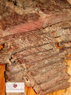 This Easy Oven Tin Foil Chuck Roast is really delicious, simple to prepare and inexpensive. It only takes minutes to make, and requires 3 ingredients. It's totally worth the try! Campfire Dinner Recipes, Vegetarian Camping Recipes, Campfire Desserts, Grilling Recipes, Cooking Recipes, Beef Recipes, Recipies, Vegan Recipes, Chuck Roast Recipe Oven