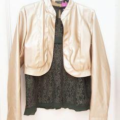 #camicia# merletto # verde militare # giubbotto # coprispalle #similpelle #oro #valeria #abbigliamento