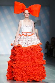 Sibling Ready To Wear Spring Summer 2015 London - I'm sorry but the giant orange bow on the head makes me laugh...