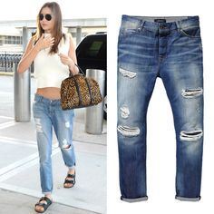 Set your skinnies aside and pick lived-in boyfriend jeans like Miranda Kerr's. The relaxed fit ensures you won't be feeling constricted—even in the most cramped seat.