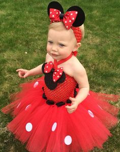 Artículos similares a Classic Minnie Mouse Inspired Tutu Dress, Minnie Mouse Birthday Outfit, Red Minnie Mouse, Pink Minnie Mouse en Etsy Minnie Mouse Birthday Outfit, Red Minnie Mouse, Birthday Tutu, Birthday Dresses, Baby Mickey, Girls Party Dress, Girls Dresses, Dress Party, Flower Girl Dresses