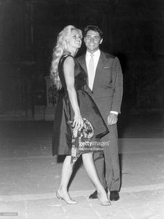 The French actress Brigitte BARDOT attended the 19th International Film Festival of Venice and is pictured here with her partner, the singer Sacha DISTEL. Brigitte BARDOT had just presented Claude AUTANT-LARA's film EN CAS DE MALHEUR ('In case of adversity'), in which she starred.