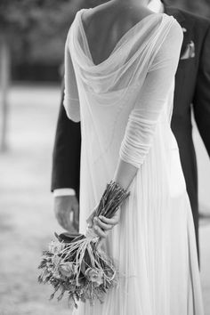 Cortana, wedding dresses, cocktail dresses. E-shop www.cortana.es/en