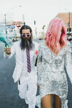 Ainsley & Sebastien of Sticks & Stones Agency elope in Las Vegas #shotgunwedding