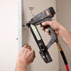 A skilled taper can hide a lot of mistakes left behind by framers and drywall hangers. Check out these great tips to achieve super smooth walls.