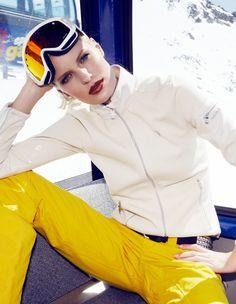 1990s ski fashion and styling