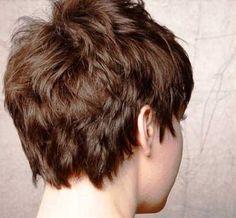 Short-Wedge-Haircut.jpg 500×462 pikseli