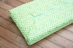 Golden Boys and Me: No Sew Bench Cushion