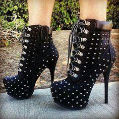 Uma bota para arrasar! #promheelsred