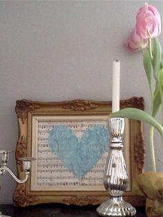 Lovely - Sheet music and Glitter heart