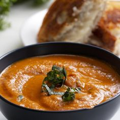 Slow-Cooker Roasted Tomato Basil Soup Recipe by Tasty Slow Cooking, Slow Cooked Meals, Roasted Tomato Basil Soup, Roasted Tomatoes, Crockpot Recipes, Soup Recipes, Cooking Recipes, Cooking Tips, Supper Recipes