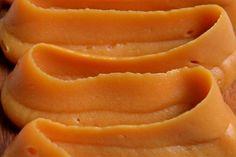 Crème de caramel au beurre salé ist so schnell und einfach herzustellen, dass es sich lohnt, es mit meinem Rezept einmal selbst zu versuchen.