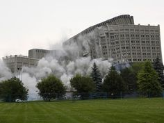 Sir John Carling building destroyed early Sunday (with video) Brutalist Buildings, Tear Down, Local News, Ottawa, Special Events, Louvre, Sunday, Around The Worlds, Travel