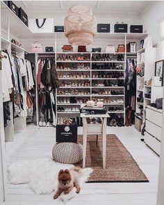 Wardrobe closet organization declutter ideas for 2019 Dressing Room Closet, Closet Bedroom, Bedroom Decor, Closet Mirror, Dressing Rooms, Bedroom Ideas, Wardrobe Organisation, Closet Organization, Organization Ideas